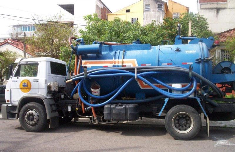 Desentupimento com Caminhão Sewer Jet